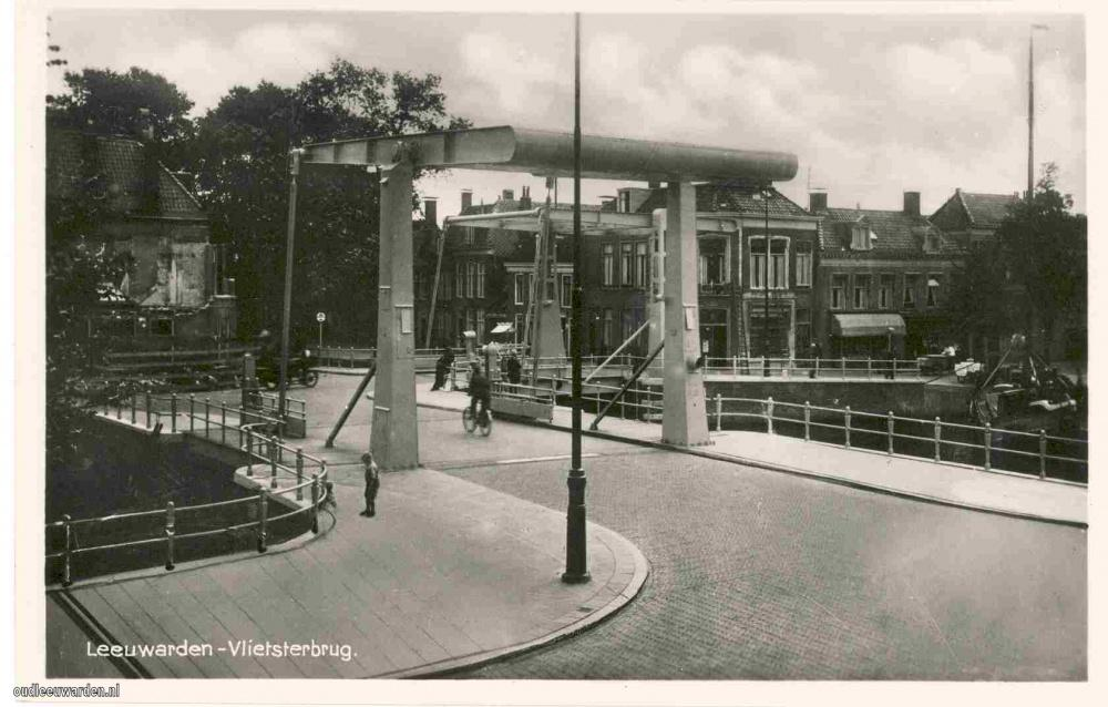 J06.Vlietster- en Boomsbrug  1938