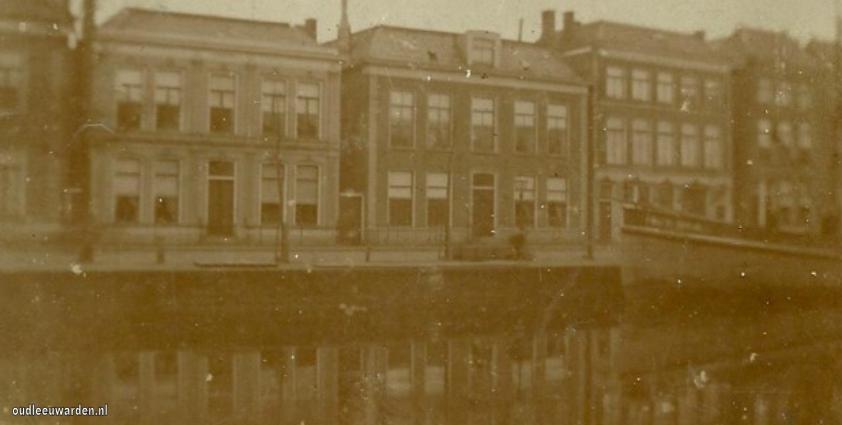 Willemskade met stoomboot